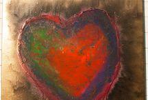 <3 Love / Il cuore come simbolo universale, trattato, studiato e rappresentato con diverse tecniche.