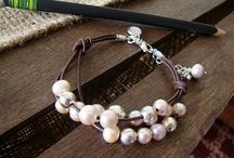 Bracciale cuoio perle