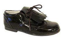 Zapatos marca Zapanines / Zapatos de la marca propia Zapanines cuyo diseño ha sido elegido con mucho cuidado al igual que los materiales utilizados para su fabricación.