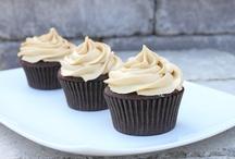 cupcakes [or Honey, I shrunk the cakes!]