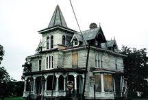 Homes I want! / by Kelsey Miyake