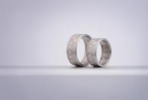 Snubní prsteny / I prsteny umí vyprávět příběh. Naslouchejte jim.
