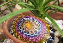 So Eden - Painted Rock / Art on natural objects