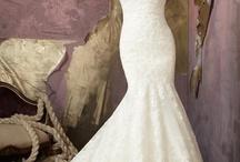 Awwww weddings / by Angy
