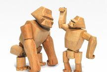 David Weeks wooden animals / Zaprojektowane z pasją do przyrody zwierzęta Davida Weeks'a zachwycają realizmem i pięknem. Oszczędna, surowa forma w połączeniu z unikalnymi możliwościami wydaje się ożywać gdy odwracasz wzrok.