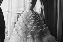 Les plus belles robes de la haute couture / by Cymbeline Paris