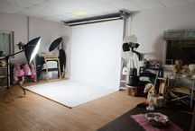 The Studio / Images of our studio facilities, and pull-backs of shoots in action.