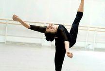 Dancers / Ballet