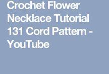 Flower croshet - nyakék gyöngyökből horgolva