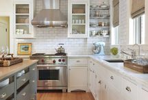 White Kitchen Inspiration / A white kitchen is the perfect canvas for your culinary masterpieces. A lovely white kitchen sets our hearts aflutter . . .