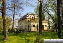 Jamy - Pałac / Pałac w Jamach wybudowany został pod koniec XIX w. Ostatnimi właścicielami majątku przed zakończeniem II wojny światowej była rodzina von Pratsch. W 1945r. urządzono w nim biura PGR, następnie mieszkania oraz pomieszczenia dla pracowników gospodarstwa. W związku z brakiem remontów stan budynku z roku na rok się pogarszał, aż w końcu pałac opuszczono. Po roku 1989 rezydencję wraz z folwarkiem sprzedano osobie prywatnej. Pałac przeszedł gruntowny remont.