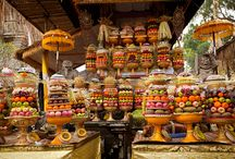 Culture in Bali / Bali is famous for it's temples and ceremonies. Here are some of our favorite family-friendly cultural attractions