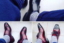 Giày goodyear welt,Cấu trúc giày Goodyear - Công nghệ đóng giầy hơn 100 năm dẫn đầu đẳng cấp. / SĐT: 0979.989.747  Phương pháp đóng giày Goodyear luôn luôn được những nhà sản xuất giày nổi tiếng thế giới ưa chuộng cho đến tận bây giờ. Năm 1869, nhà phát minh người Mỹ Charles Goodyear Jr. đã tạo ra máy khâu giày Goodyear welt để thay thế cho phương pháp khâu tay hoàn toàn thủ công có từ những năm 1500 sau công nguyên.  https://www.facebook.com/giaygoodyearwelt.signoristorevn/ http://signoristore.com/nhan-biet-cach-khau-giay-tren-the-gioi/