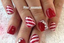 Holiday nail/ outfit