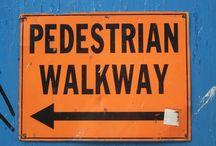 "Ma dove vai? Signs of New York / ""Tenete a bada il cane"": così i cartelli raccontano New York City http://www.madovevai.it/tenete-a-bada-il-cane-cosi-i-cartelli-raccontano-new-york-city/"