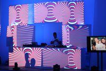 fiesta 15 años mapping 2016 / Se instalo un escenario sobre una tarima diseñado en cubos como puesta en escena para el deejay .