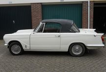 Triumph Vitesse Mark I / Oldtimer designed by the famous cardesigner Giovanni Michelotti. The car has a stylish look of the sixties. We own it already for 26 years. The motor has 6 cilinders and is 2 litres.