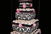Cupcakes / by Renee' Petermann