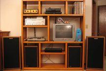 Muebles sencillos para el hogar / by José Abreu