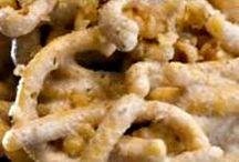 primi con legumi e frutta secca / La pasta asciutta è tra i cibi di consumo, soprattutto in Puglia.  Semplice, elaborata, nutriente. Con carne, pesce e verdure. Il gusto ci sorprende sempre. Ricette pugliesi, toscane e tradizionali. http://iopreparo.com/le-ricette/primi-piatti/primi-con-legumi-e-frutta-secca/