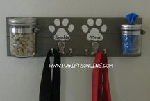 Dog holder hanging for treats/bags