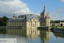 Zamek w Chantilly / Renesansowy zamek w Chantilly w regionie Ile-de-France, 40 km od Paryża. Zobacz jak zorganizować wycieczkę na: http://zwiedzamyparyz.pl/podroze-poza-paryz/zamek-chantilly