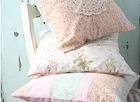 Pillow-land / Pillows
