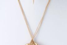 Jewelry / by Ivette Diaz