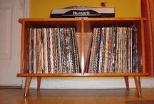 Shelves / Books, discs, etc...