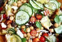 Salad Art / Healthy. Raw. Goodness. Munch.