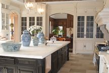 Kitchens / by Carol Golden