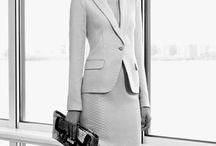 clothes: skirt suit / kosztüm