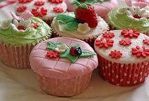 Tea cakes