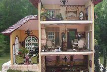 """Italian Villa"" by Susan's Miniatures / 4 + photos access: https://susansminiatures.shutterfly.com/790 in https://susansminiatures.shutterfly.com/"