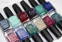 Colors by llarowe Summer 2016 / 12 new shades for summer! A lot of sparkle and shimmer in time for sunny skies. Pre-order launch May 26 on www.llarowe.com