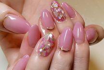 ピンク系ネイル
