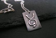 rune jewelry