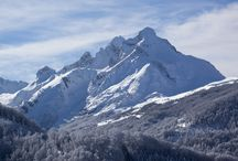 Winter Sports / Winter sports in the mountains of Montenegro from skiing, snowboarding to the intrepid snowkiting