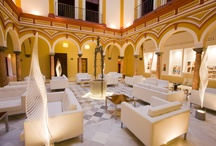 abba Palacio de Arizón Hotel****S - Hotel in Sanlúcar de Barrameda / 49 rooms. Bar-Restaurant, 2 meeting rooms, outdoor pool, interior courtyard illuminated. Located a few meters from the center and 300 meters from the beach. Classicism and charm in a characteristic and historic palace south of Cádiz, in Sanlúcar de Barramed. Here you'll find true Andalusian flavour. Gourmet cuisine, flamenco, summer fiestas and a great atmosphere. The city is noted for its horse racing on th ebeach which has been declared a tourist event of international interest. / by Abba Hoteles