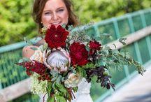 Wedding flowers burgundy