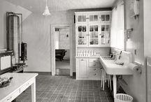 Time travel - 1920s interior