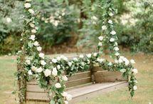Let's Swing Together - Romantic Flower Swings