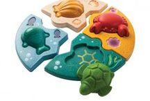 Πρώτες Δραστηριότητες / Πρώτες Δραστηριότητες και ανακάλυψη για τα μικρά μας! Κουτιά με σχήματα, συρόμενα, πρώτα παζλ και πολλά άλλα!