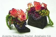 Weddings / Flowered shoes and handbag to match