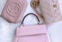 Käsilaukkuja