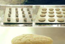 Love Cookies / by Carola Mercedes