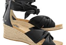 Summer Outfits/Resort Footwear / Easy, fashionable footwear for Women that's versatile and fashionable. Styles from Jerusalem Sandals, Ugg, Salt Water, Keen and more