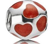 My Pandora Bracelet! / by Diane Turnbull