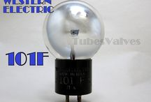 VACUUM TUBES VALVES / A collection of Vacuum tubes/valves, thermionic devices