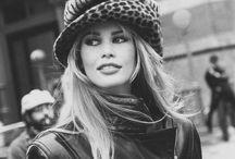 Мода, модельеры, известные манекенщицы
